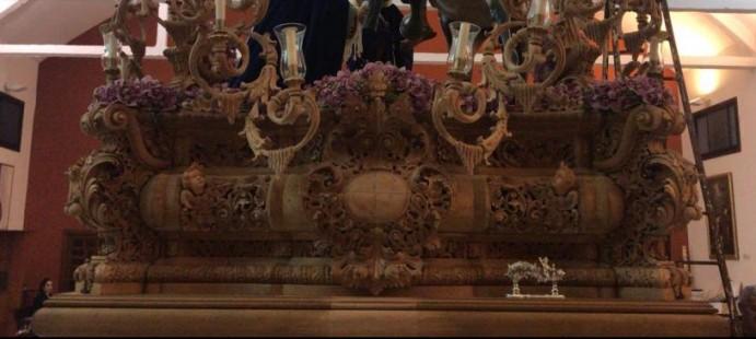 Candelabros y frontal del canasto-Talla de los Candelabros y del frontal del canasto de la Hdad.  de las tres Caídas de san fernando (Cádiz)