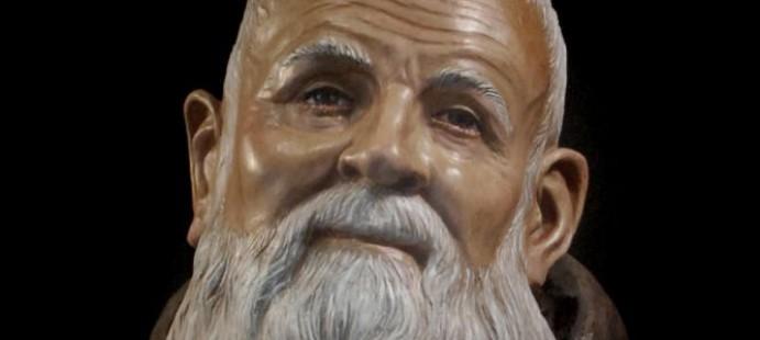 Escultura a Fray Leopoldo de Alpandeire-Imagen representandoa Fray leopoldo de Alpandeire, 140 cmts. Roquetas de Mar, año 2011.